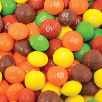 Assorted-Fruit-Skittles