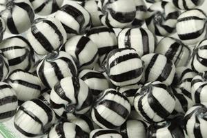 candy-bag-40g-black-balls